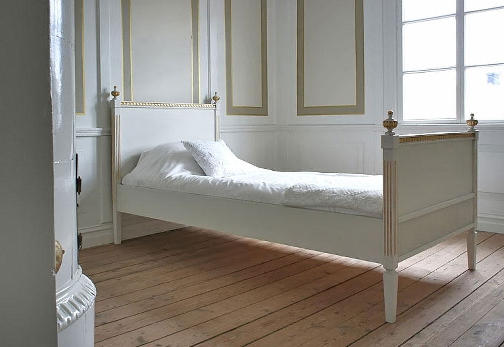 Gustaviansk säng: Gustav No: 10052